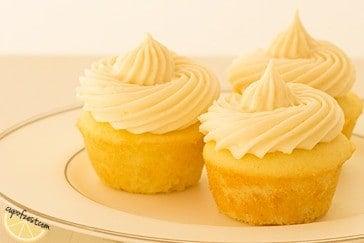 mini lemon cupcakes zoomed in
