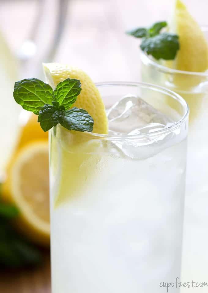 Mint Lemonade-Close Up