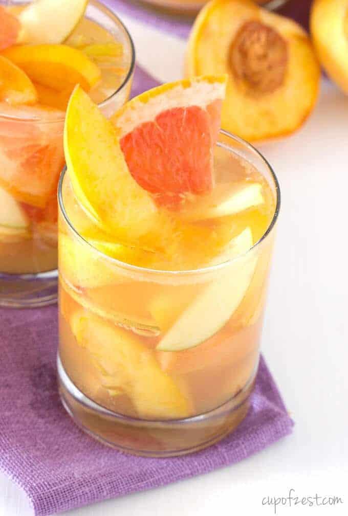 Peach Grapefruit Sangria Close Up