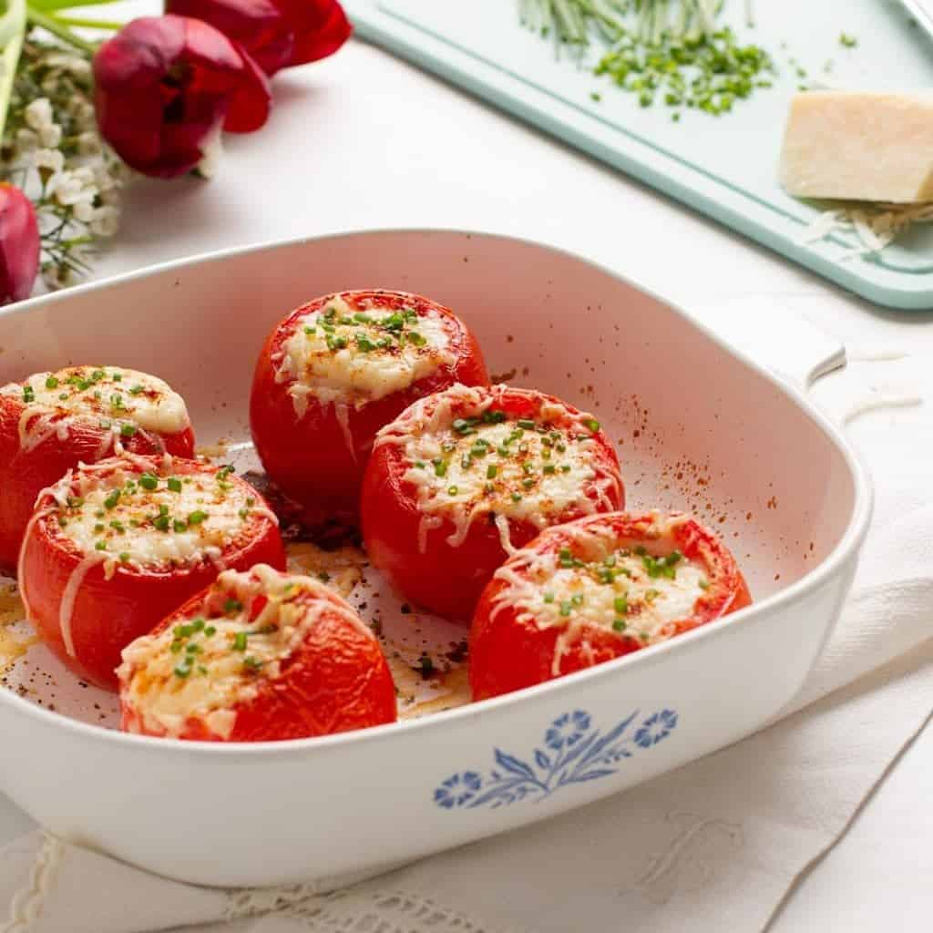 Baked Eggs in Tomato Cups - This 1960's recipe is easy, healthy, and a fantastic option for Mother's Day brunch. - www.cupofzest.com